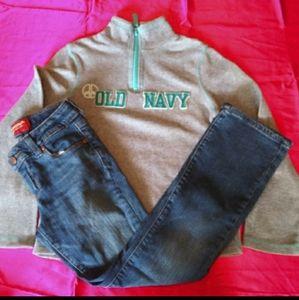 Arizona girls jeans/Old Navy sweatshirt